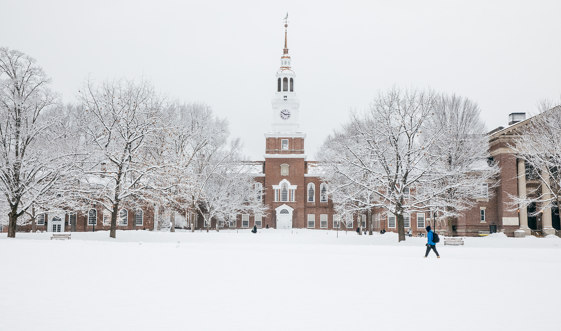 Photo of Baker Library in the winter with snow on the ground