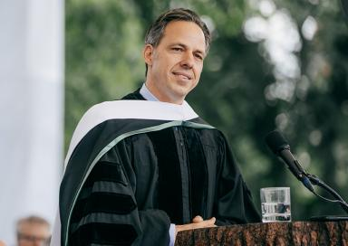 A photo of alumni Jake Tapper '91
