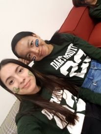 Dartmouth students prepare for Homecoming