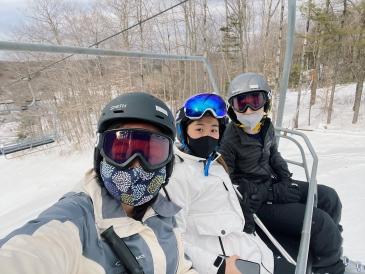 sydney wuu skiing 2