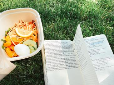 salad on the green