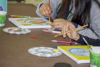 A Happy In-Person Painting Event!