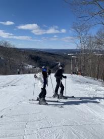 sydney wuu skiing friends