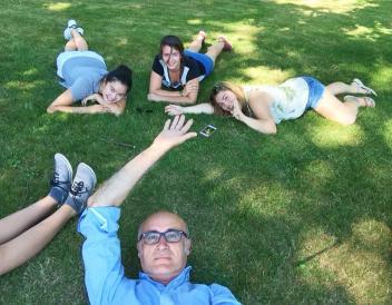 Professor del Pino masters the selfie stick