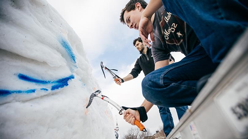 Winter Carnival sculpture
