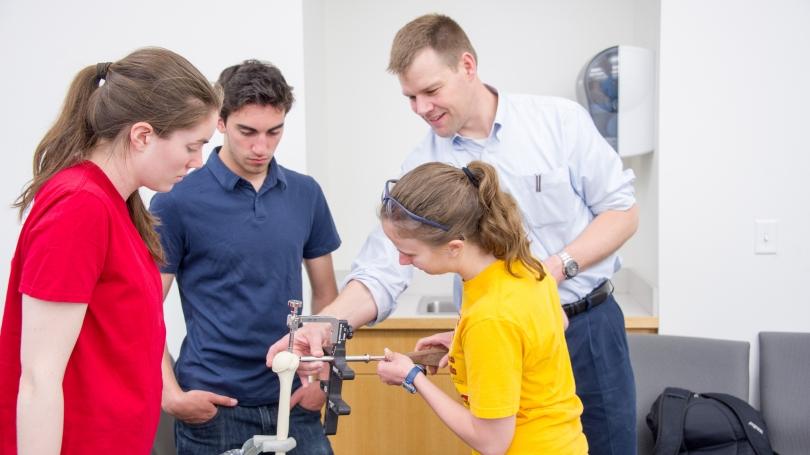Thayer School Dartmouth_Douglas Van Citters_Biomaterials