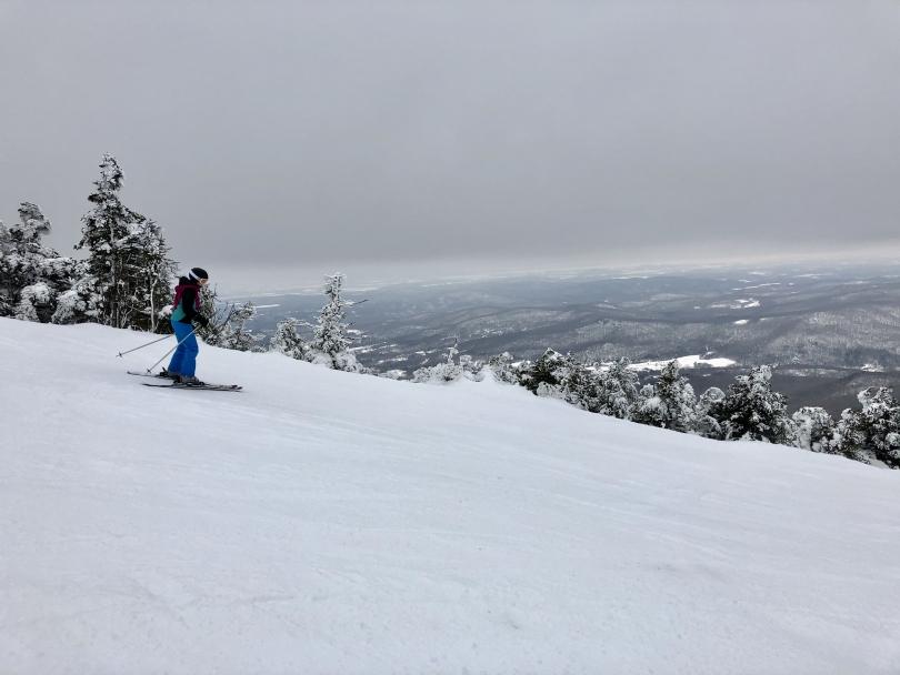 Shosh skiing