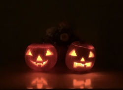 The Jack-o'-lanterns I carved with my parents.