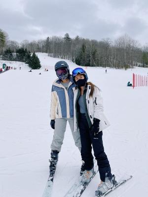sydney wuu skiing