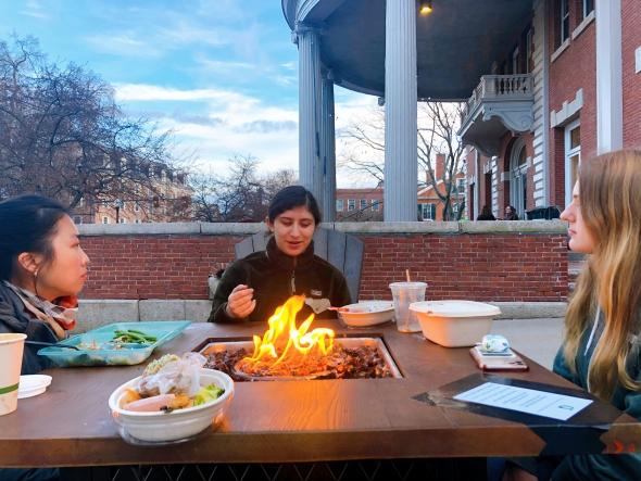 eating outside collis