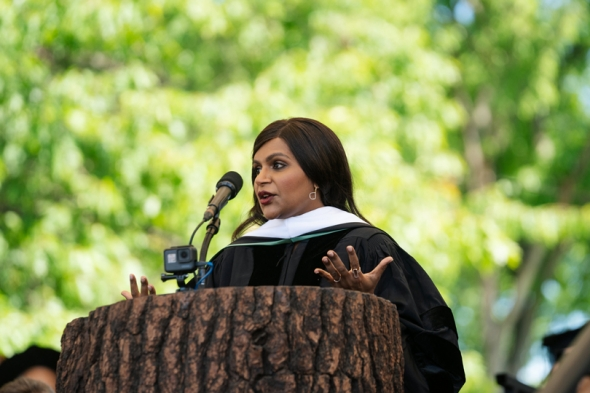 Mindy Kaling delivering her commencement address